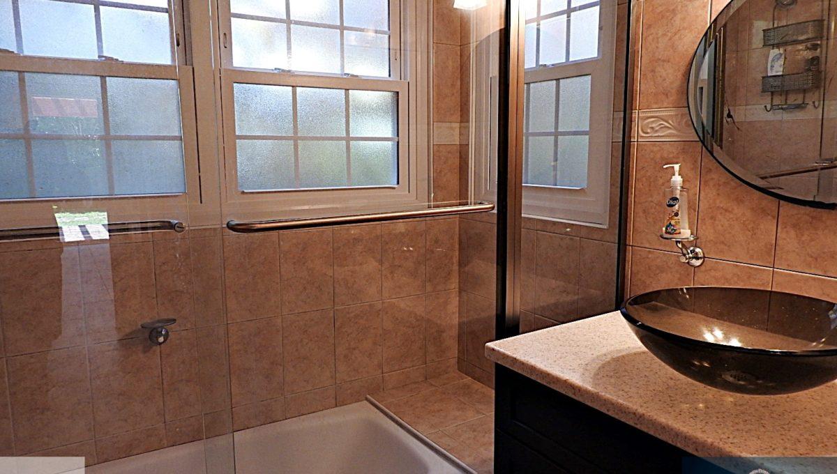 apart bath