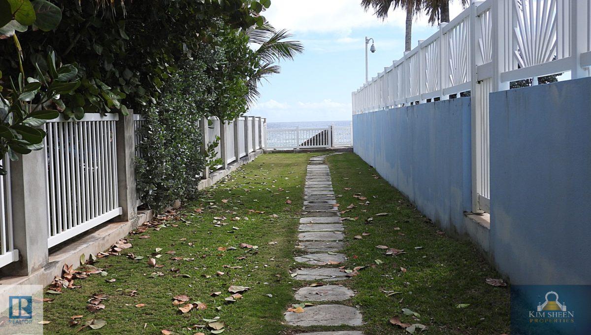 walkwaytowater1